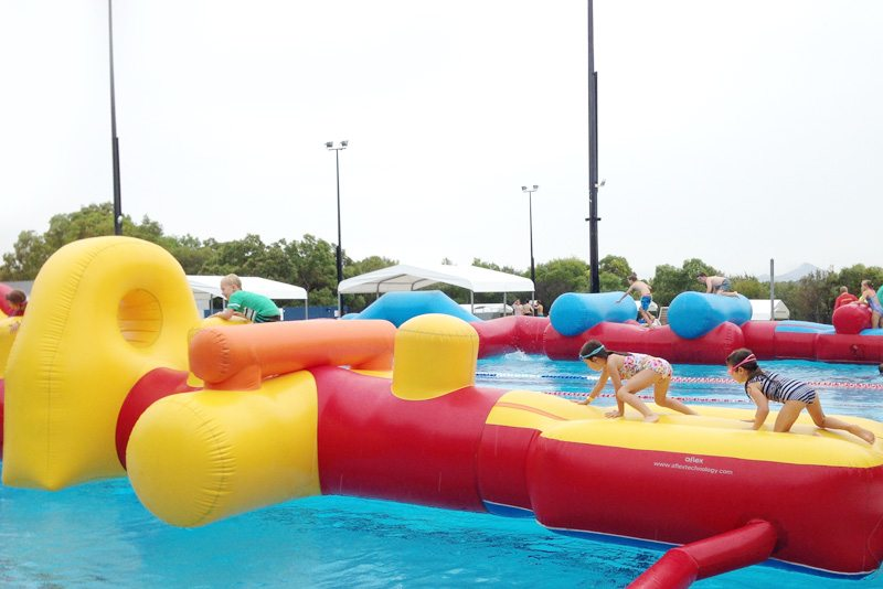 Inflateable-Pool-Course